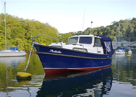 swing moorings motor boating in fowey photofile cornwall images and