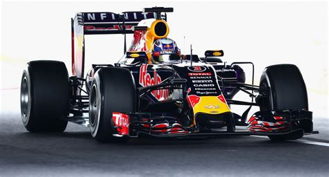 ecclestone can t save renault ecclestone trying to keep bull from leaving f1