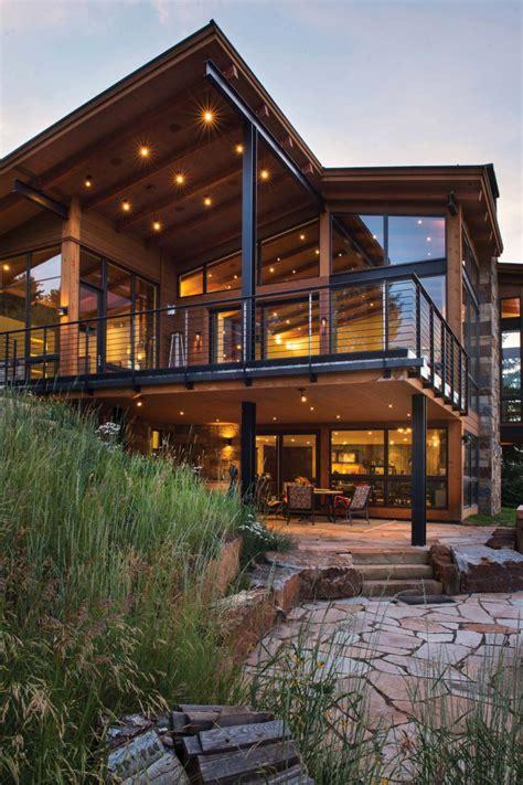 mountain contemporary home in colorado radiates