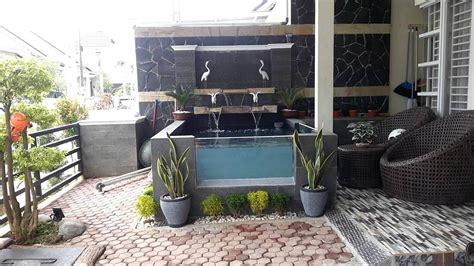 desain taman depan rumah  kolam ikan