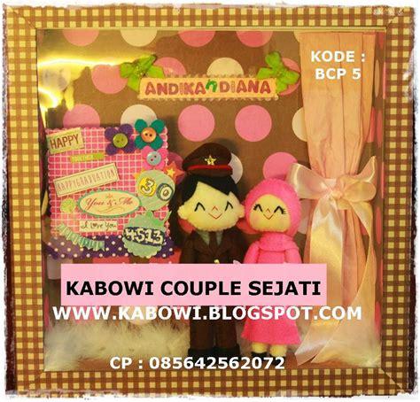 kado hadiah kado ulang tahun barang kerajinan lucu unik kabowi produsen boneka wisuda plakat souvenir graduation