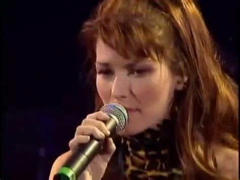 Shania Gamis shania you re still the one live in