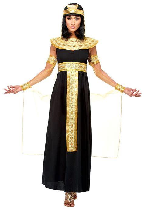 las 25 mejores ideas sobre trajes de confirmaci 243 n en y m 225 s vestido para ensayo general las 25 mejores ideas sobre traje egipcio en y m 225 s disfraz de cleopatra maquillaje