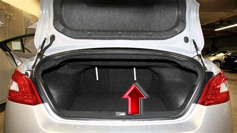 nissan tiida trunk space 2012 nissan maxima folding the rear seats