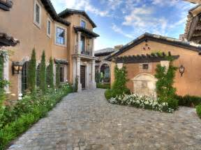 tuscan homes 10 mediterranean inspired outdoor spaces diy landscaping landscape design ideas plants