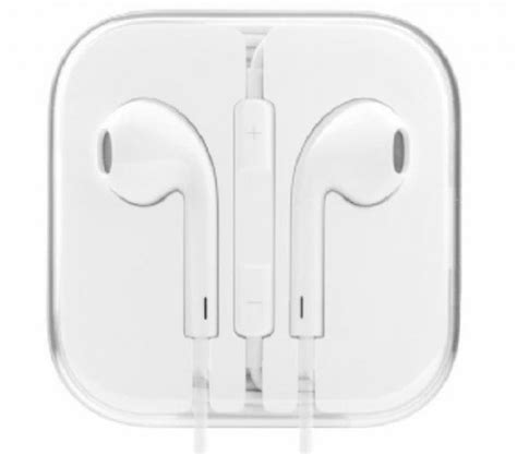 apple earpods review why hasn t apple ever made a truly great pair of