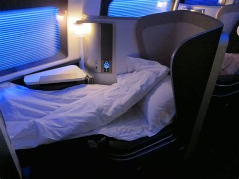 review airways class 747 new york to
