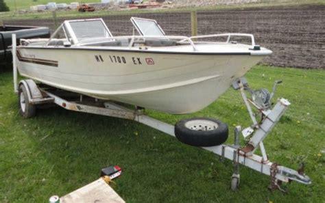 1982 starcraft boat 1982 starcraft boat 120hp inboard w trailer houghtons