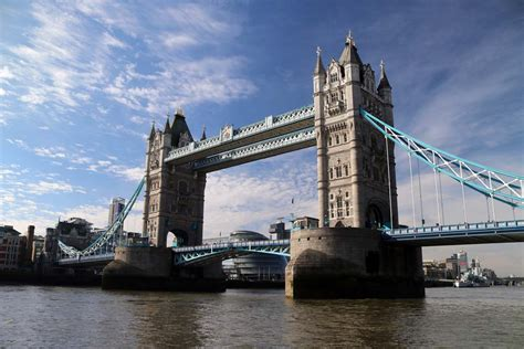boat bar tower bridge sightseeing boat party new years eve tickets viscount