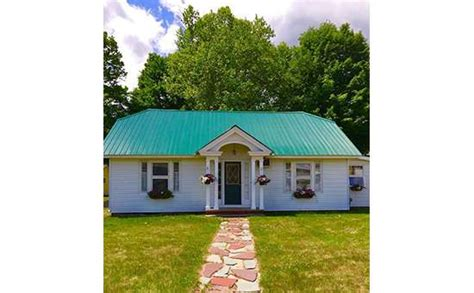 lake george house rentals beautiful lake george house rental in the village