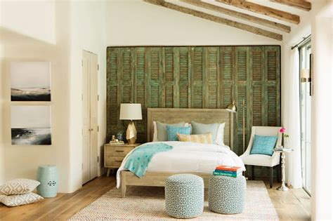 coastal bedroom decor 1000 images about emerson design beach cottage style on