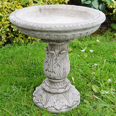 garden bird bath small ornate garden bird bath 163 72 99 garden4less uk