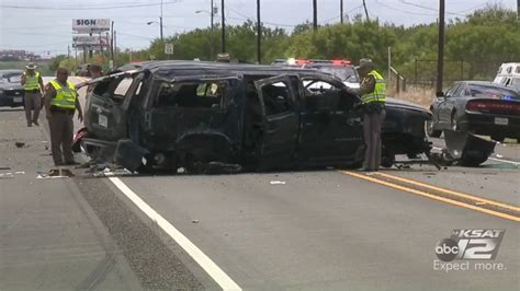5 killed in car crash 5 immigrants killed in car crash while being chased by border abc11