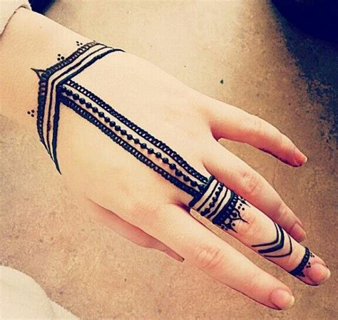 simple tattoo mehndi designs for hands simple henna design henna pinterest mehendi