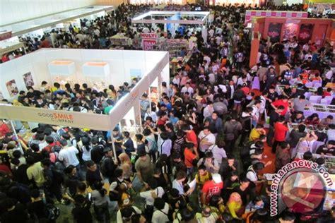 ribuan pengunjung padati anime festival asia indonesia