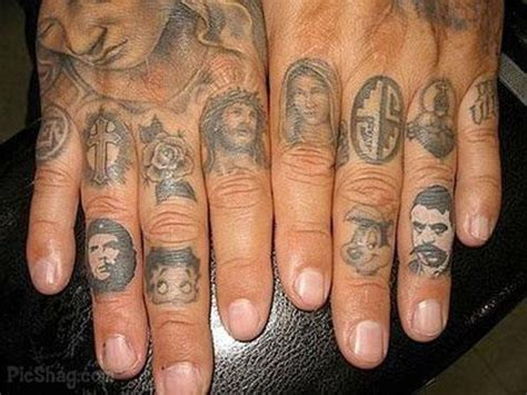 finger tattoos fade finger designs ideas mag