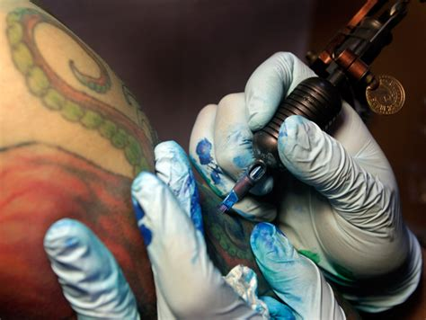 tattoo ink effects on body 10 adverse side effects of having permanent tattoos list