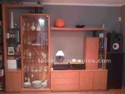 tablon de anuncios mueble comedor  vitrina color cerezo  mesa   sillas