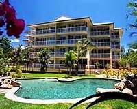 Golden Sands Yorkeys Knob by Yorkeys Knob Accommodation Apartments Beachfront