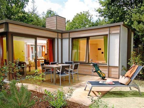 Cottage Center by Cottage Les Bois Francs