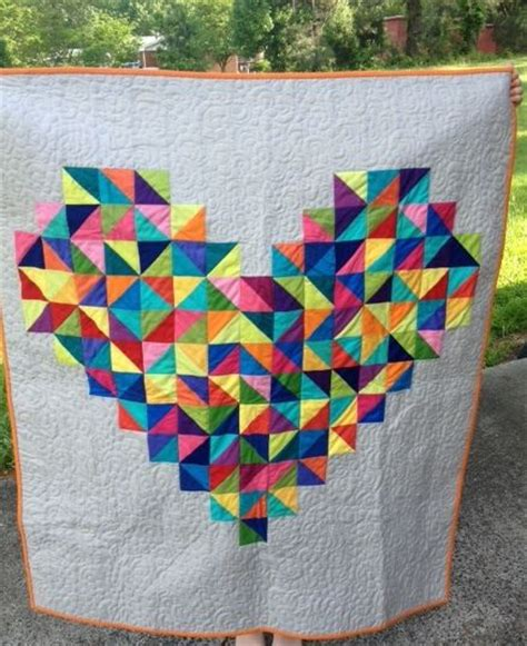 heart shaped quilt pattern sunday pinspiration red poppies poppies and fabrics