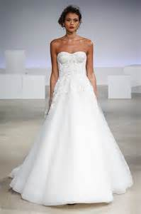 49 gorgeous wedding dresses you ve never seen before