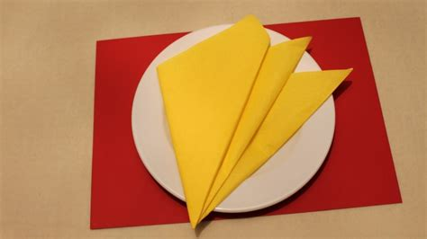 Simple Napkin Origami - easy napkin folding tutorials for beginners my crafts