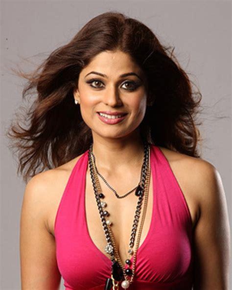 Naked Shamita Shetty - shamita shetty hot wallpaers shamita shetty photo shoot