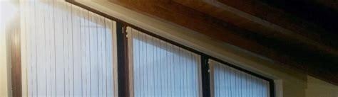tende finestre mansarda tende per finestre triangolari mansarda una fonte di