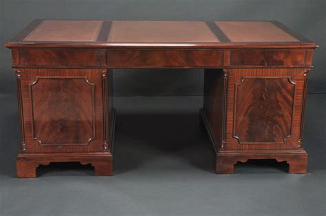 Mahogany Office Desk Large High End Leather Top Executive Mahogany Office Desk Ebay