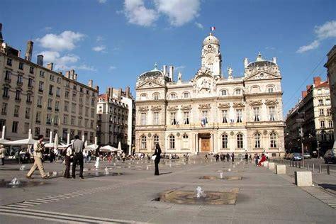 Hotel Le Patio Des Terreaux by Hotels G 238 Tes Et Chambres D H 244 Tes 224 Proximit 233 De La Place