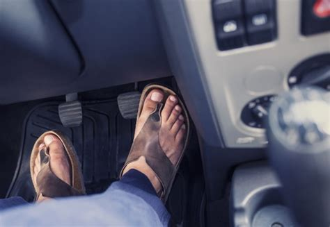 wearing slippers while driving why you should refrain from wearing flip flops while driving