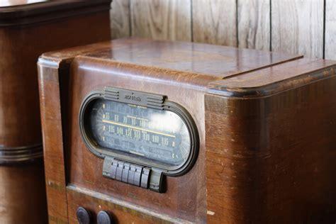 Old Cabinet Radio Antique Radio And Phonograph Repair And Restoration Center