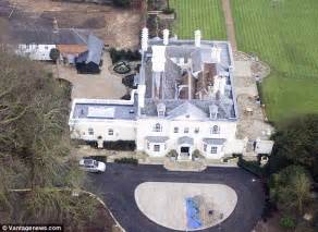 Complete House Plans Rod Stewart Moves Into The 163 4 5m Country Pile He Bought To