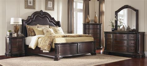maddison bedroom set brown cherry