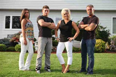 long island medium theresa and larry wedding photo long island medium says she s turning the skeptics into