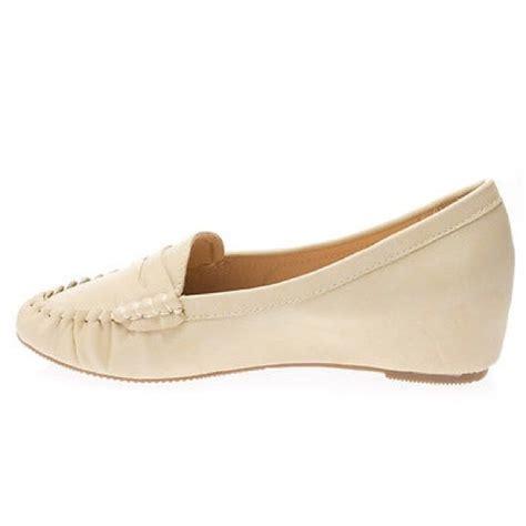 wedge heel loafers 76 miracle mile shoes nib beige wedge heel