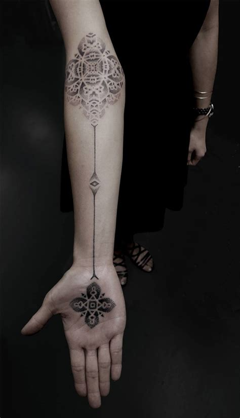 geometric tattoo new york striking geometric stipple tattoos by kenji alucky