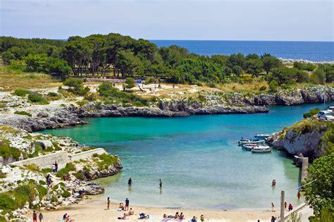 spiaggia porto selvaggio salento salento le spiagge pi 249 da porto selvaggio a torre