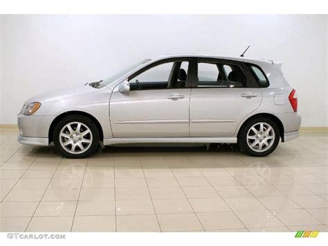 2006 Kia Spectra Hatchback Clear Silver 2006 Kia Spectra Spectra5 Hatchback Exterior