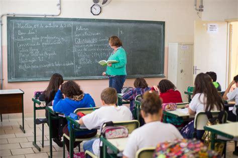 lei do piso estadual do alckmin diz que vai cumprir lei do piso dos professores