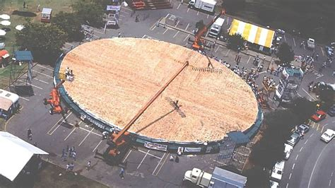 largest in the world the world s largest pizza weighed 26 883 lbs eater