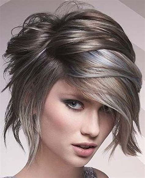 short hair cut and ash color streaks look grey wet look short layered hairstyles 2017 for women for