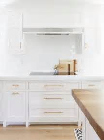 White Kitchen Cabinets Hardware 8 Best Hardware Styles For Shaker Cabinets