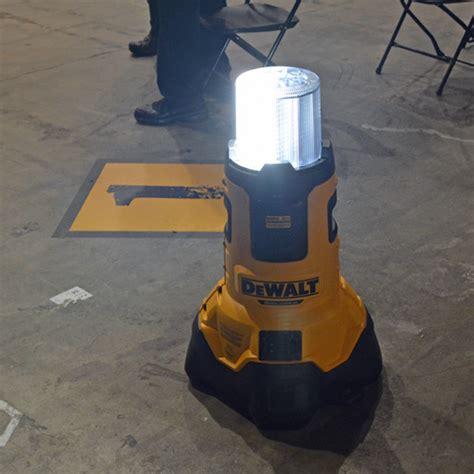 dewalt 20v area light dewalt 2017 press event tough in the south az diy guy