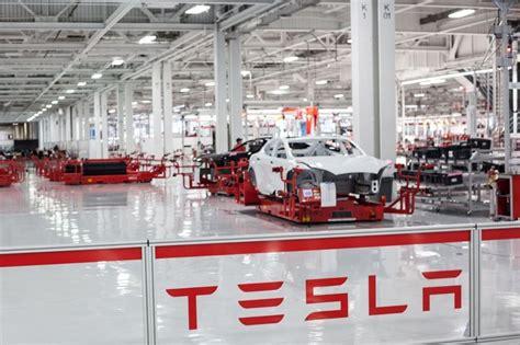 Tesla Assembly Tesla Assembly Line Tesla Office Photo Glassdoor