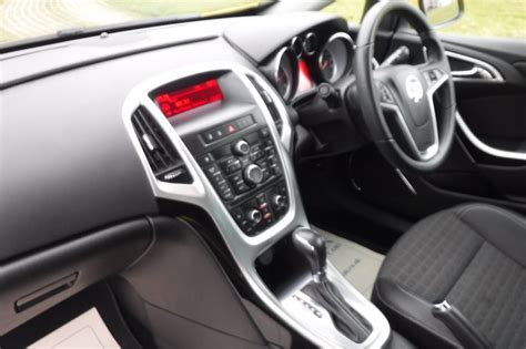 vauxhall astra automatic clwydian used cars in denbighshire