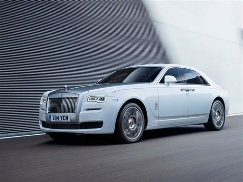 rolls royce ghost the motoring the luxurious lifestyles of the rich