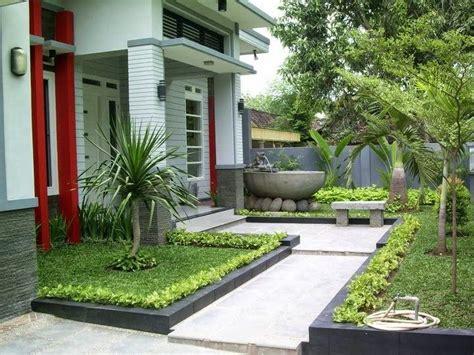 dekorasi taman depan rumah minimalis sederhana