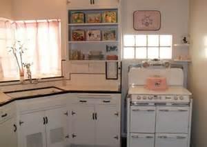25 best ideas about 1940s home decor on pinterest 1940s 1940 home decor ideas bathroom 1940 s design pictures